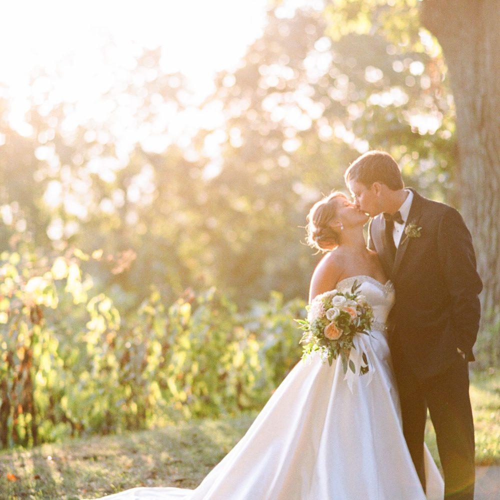 Candice & Zach: Baron Bluff Wedding