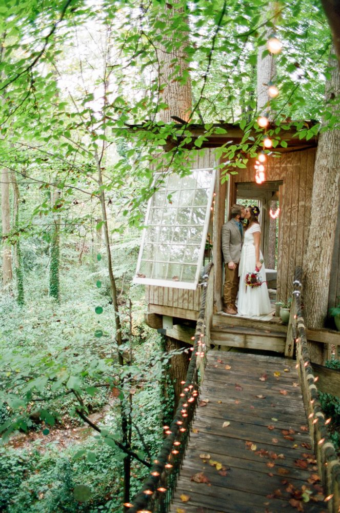 Alexandra & Paul: Treehouse Wedding