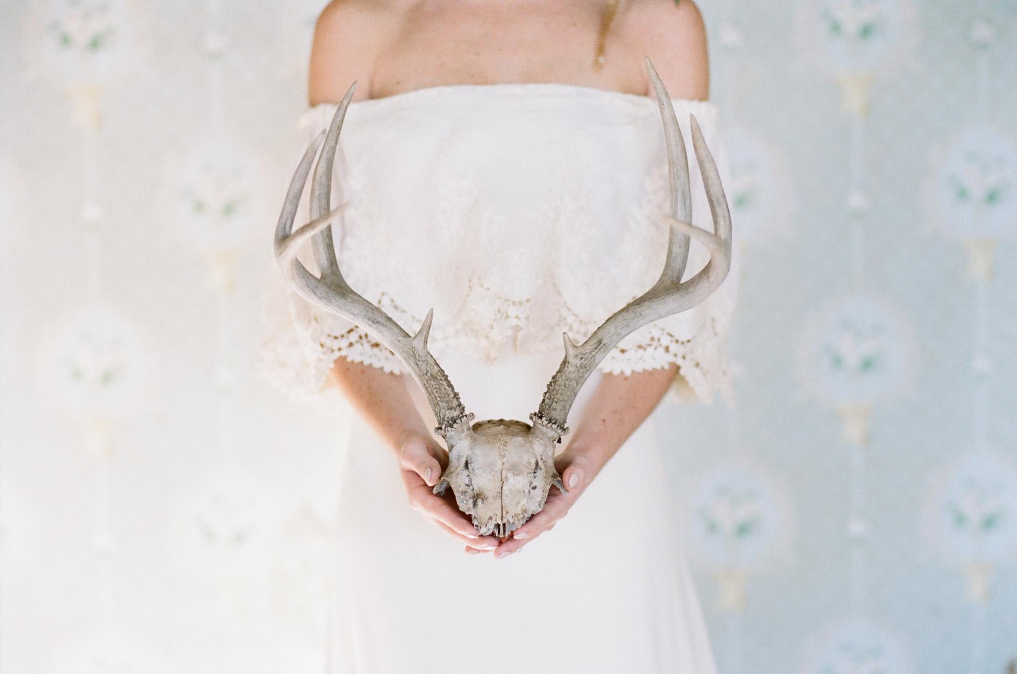 bohemian farmhouse bridal fashion_0002