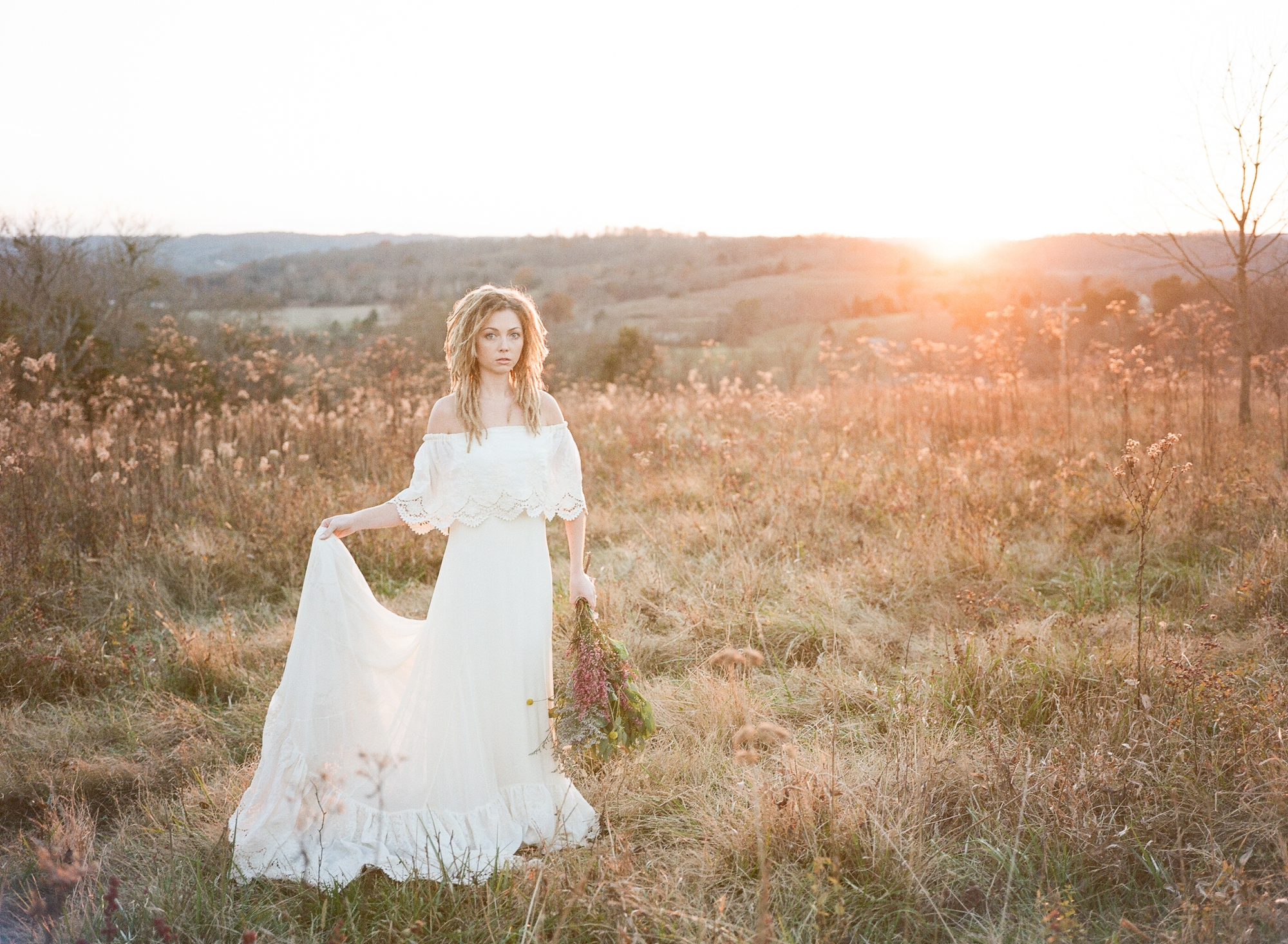 bohemian farmhouse bridal fashion_0028