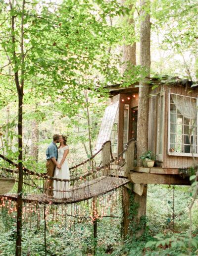 Alexandra & Paul: Treehouse Wedding