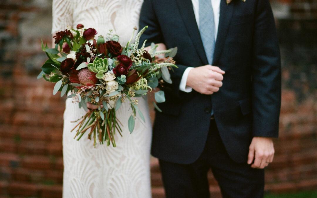 Erica & Courtney: Lowe Mill Wedding