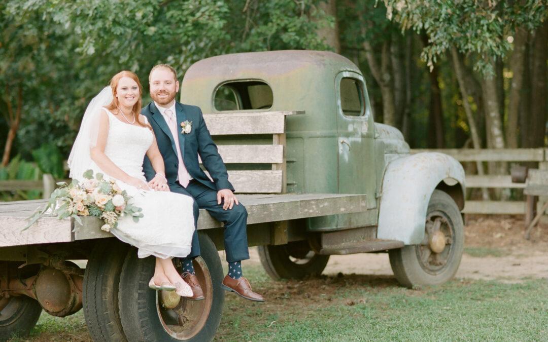 Lauren & Johnny: Chapel Valley Farms Wedding